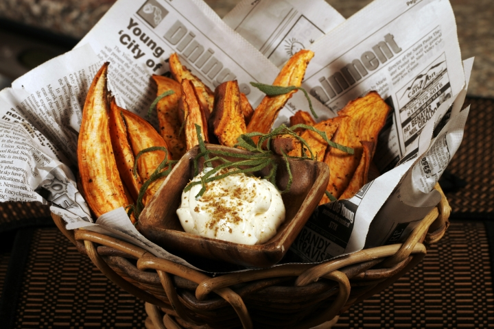 Sweet_Potato_Wedges_with_Lemon_Cumin_Aioli